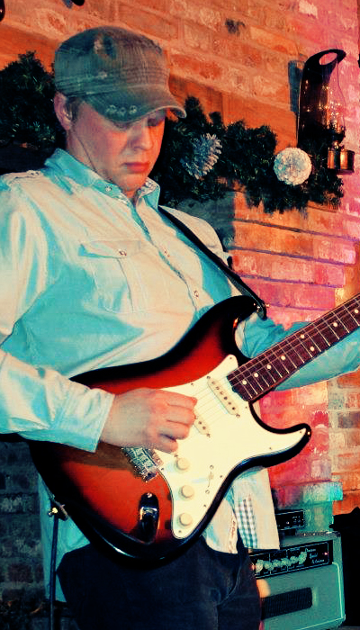 Lee Nicklin, Guitar / Banjo / Ukulele, Eclectic Mayhem